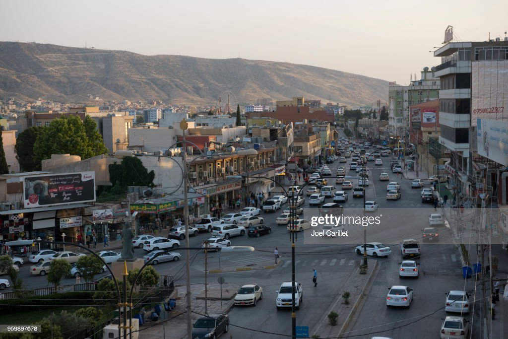 Traffic and landscape in Dohuk, Iraq : Stock Photo