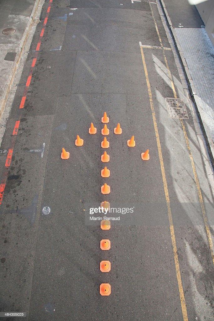 Traffic cones in arrow-shape : Stock Photo