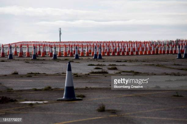 traffic cones on a disused airfield - temporary stock pictures, royalty-free photos & images
