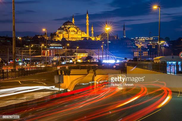 Traffic entering tunnel & Suleymaniye Mosque