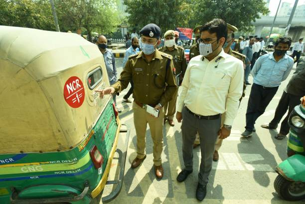 IND: Noida Traffic Police Starts Registration Of Autos For Colour Codes