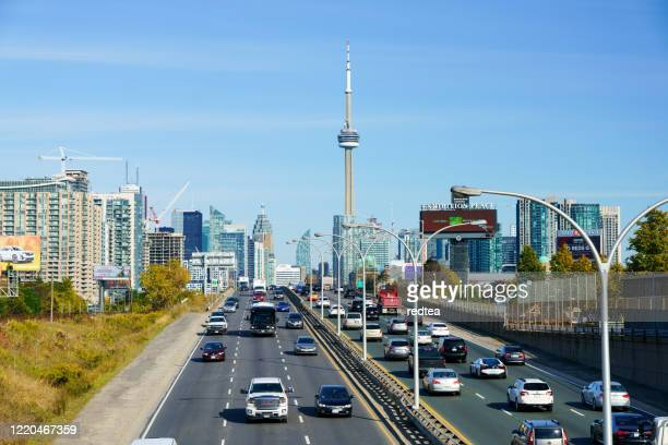 traffic going into downtown toronto - ontario canada stock pictures, royalty-free photos & images