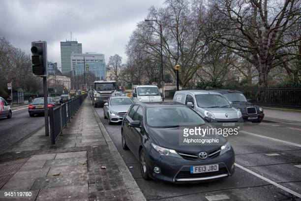 traffic in london - road signal stock pictures, royalty-free photos & images