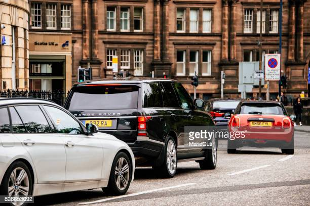 traffic in the uk - range rover stock pictures, royalty-free photos & images