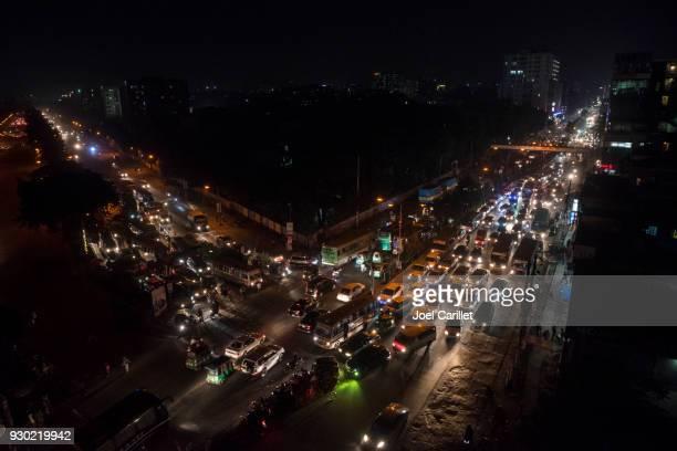traffic jam at night in dhaka, bangladesh - dhaka stock pictures, royalty-free photos & images