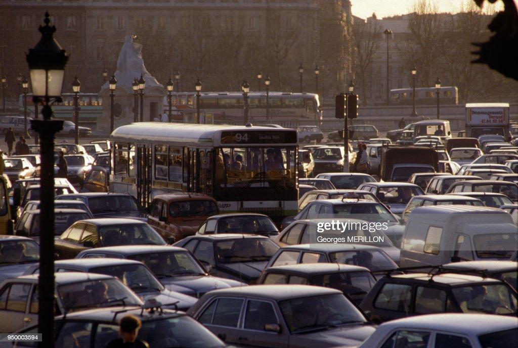 Traffic jam during subway strike, on December 7, 1988 in Paris
