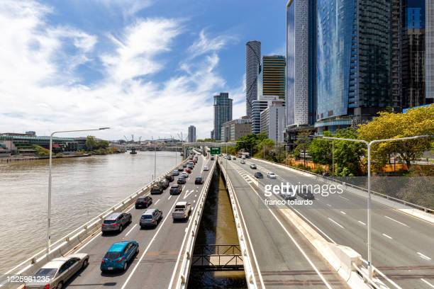 traffic jam in brisbane - queensland stock pictures, royalty-free photos & images
