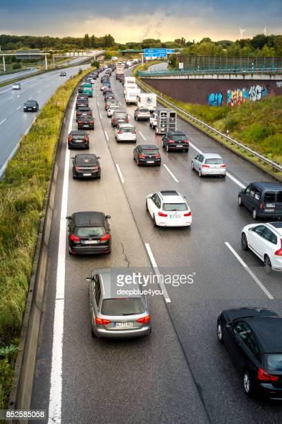 Stau auf der Autobahn in Hamburg, Deutschland