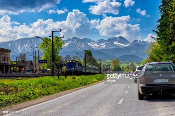 traffic jam on the road leading to zakopane in the may weekend, poland - malopolskie province stock pictures, royalty-free photos & images