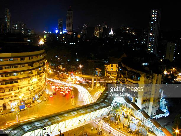 traffic light trails mumbai street