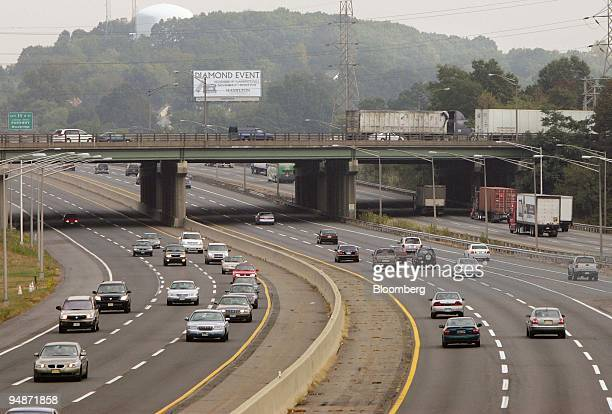 Traffic moves along the New Jersey Turnpike outside of Woodbridge New Jersey Wednesday October 5 2005 New Jersey the state with the most highways per...