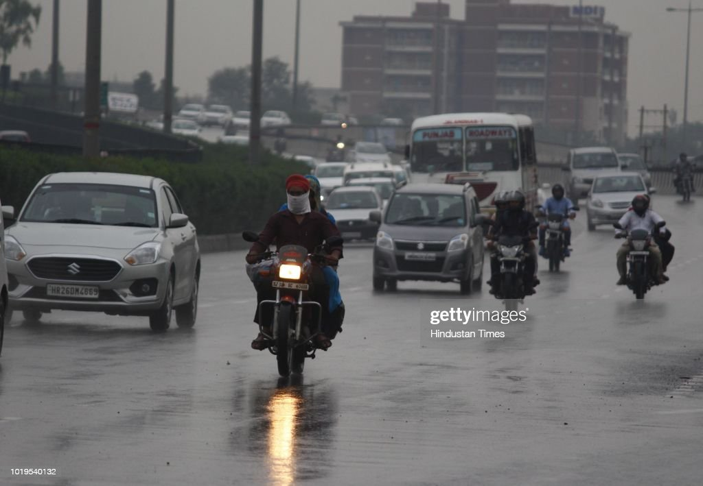 Light Rain Cools Delhi NCR