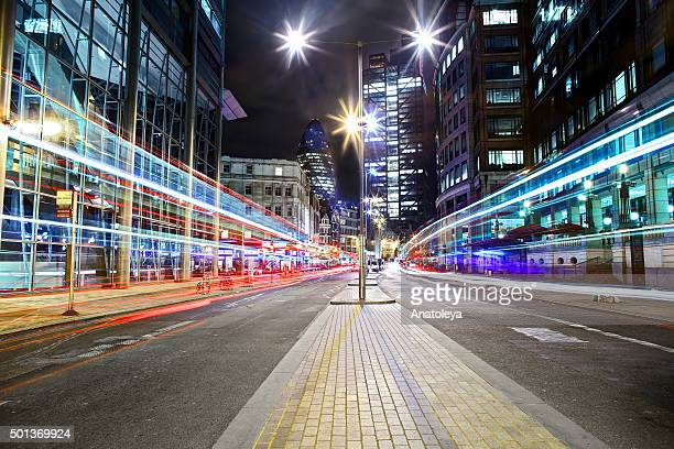 traffic on bishopsgate at night - shoreditch stock photos and pictures