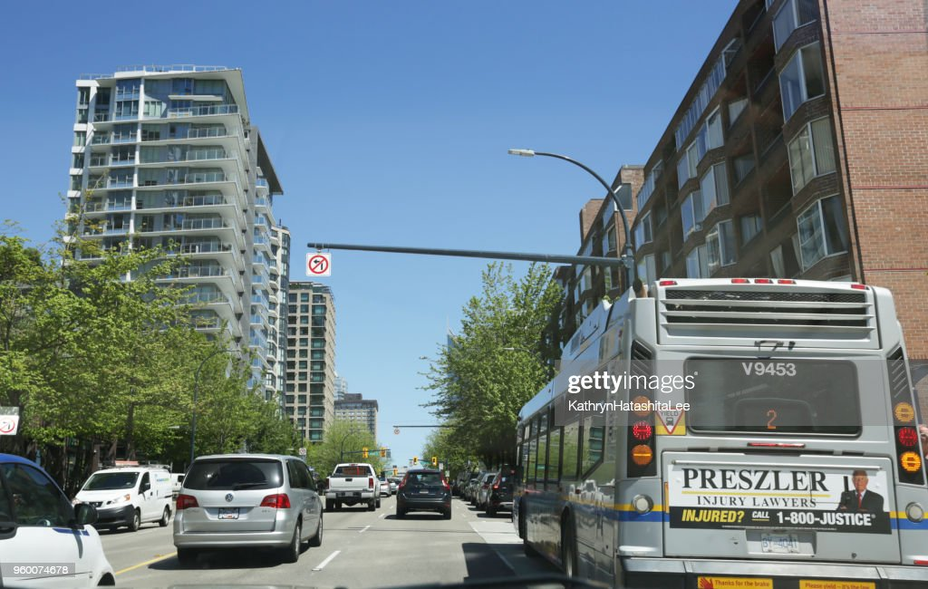 Verkehr an der Burrard Street, Downtown Vancouver, Kanada : Stock-Foto