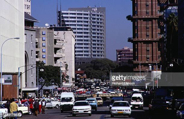 Traffic on Nelson Mandela Avenue