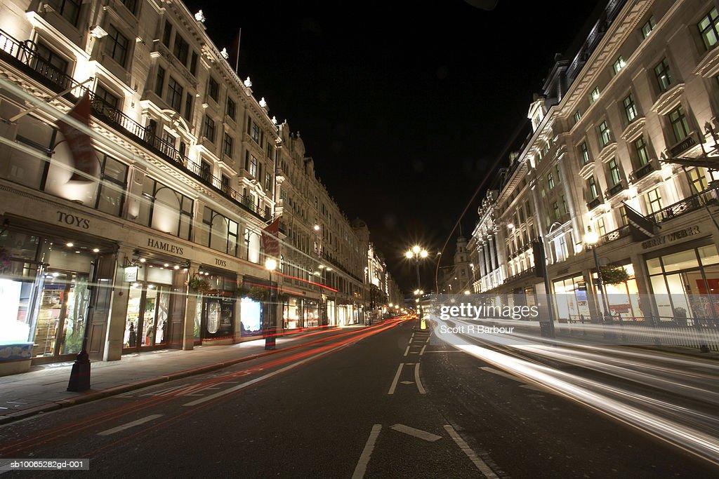 Traffic on Regent's Street (long exposure) in London, England. : Foto stock