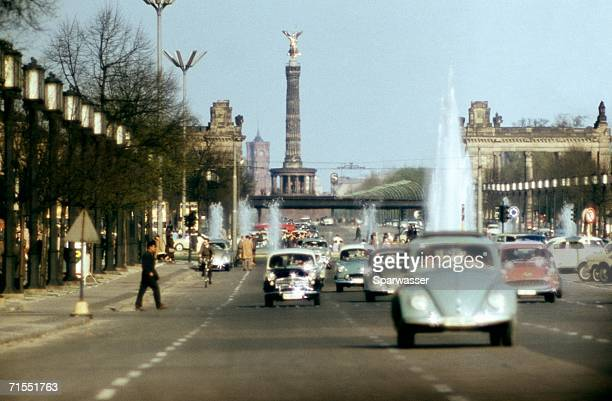 Traffic on road near the Victory Column (Siegess?ule), Berlin, Germany