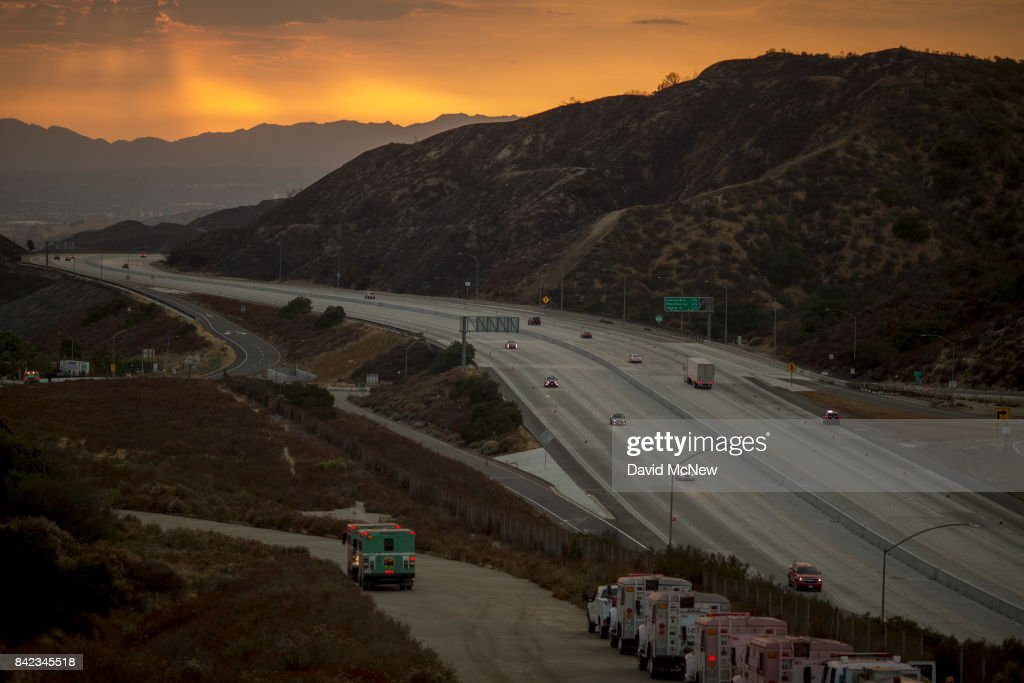 La Tuna Canyon Fire Largest In Los Angeles City History : News Photo