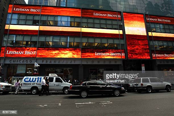 Traffic passes the Lehman Brothers building September 15, 2008 in New York City. Lehman Brothers filed a Chapter 11 bankruptcy petition in U.S....
