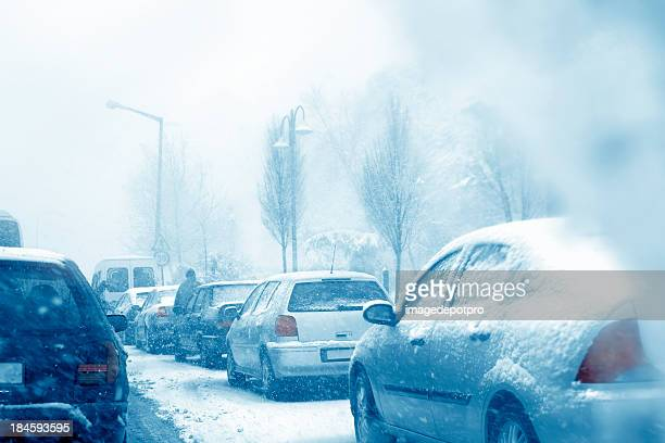 traffic - driving in snow stock photos and pictures
