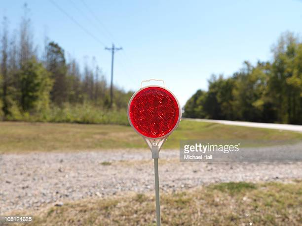 Traffic reflector