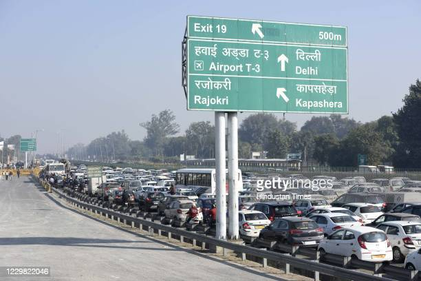 Traffic snarl near Sirhaul toll plaza due to barricades installed by police in wake of farmers Delhi Chalo March on November 27, 2020 in Gurugram,...