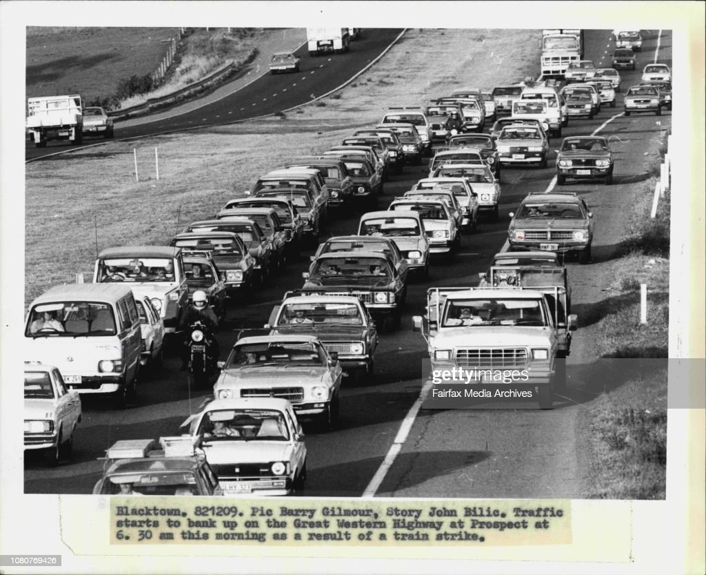 Traffic starts to bank up on the Great Western Highway at Prospect