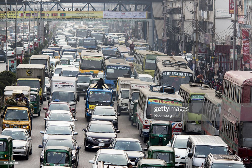Unfinished Highways a Hurdle to Bangladesh's Economic Dreams : News Photo