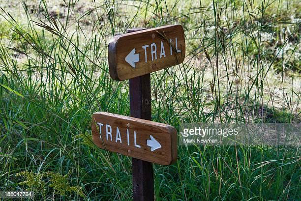trail markers - トレイル表示 ストックフォトと画像