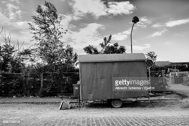 trailer on road - albrecht schlotter stock photos and pictures
