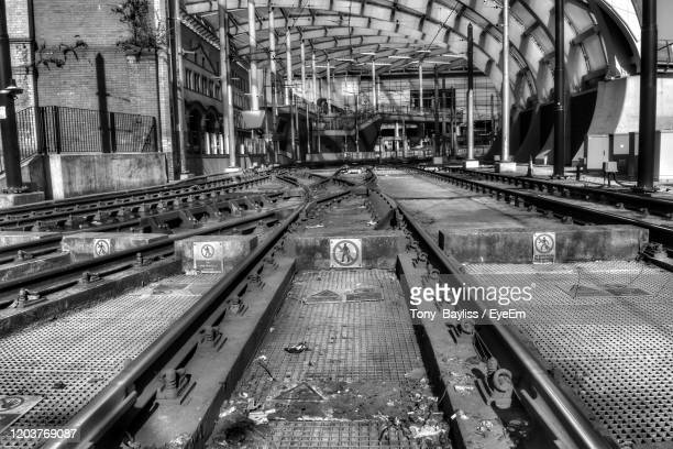 train and tram tracks leading to victoria train station manchester - victoria station manchester stock pictures, royalty-free photos & images
