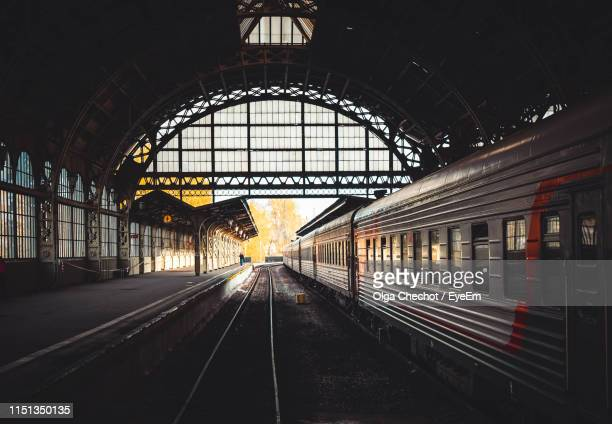 train at railroad station platform - st. petersburg russia stock pictures, royalty-free photos & images