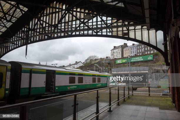 train at station in cork, ireland - cork city stock pictures, royalty-free photos & images