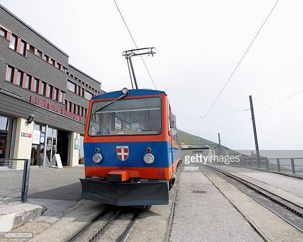 Zug in Vetta mountain Bahnhof auf die Monte Generoso der Schweiz