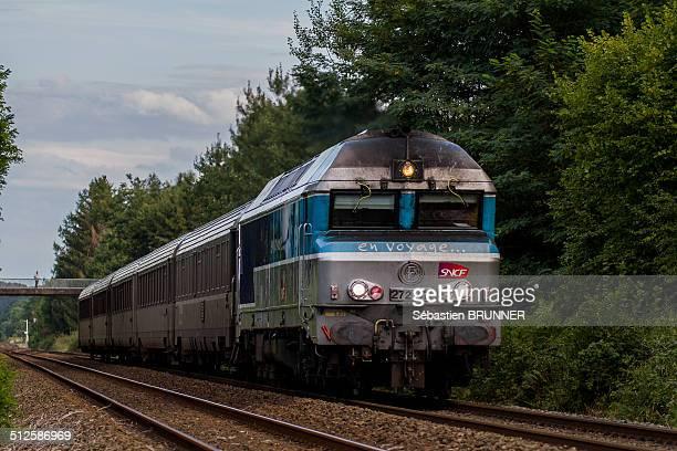 Train going to Paris