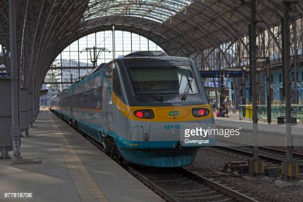 Train in Praha hl.n