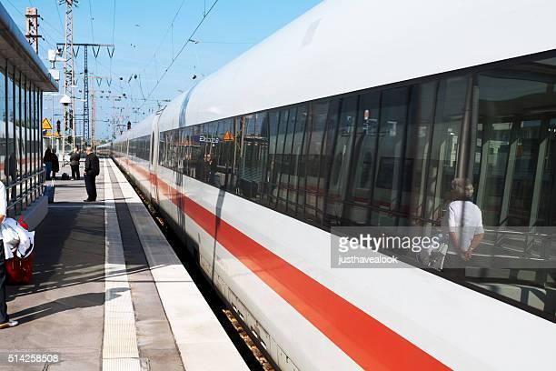 ICE Zug Bahnhof Essen ist die Eingabe