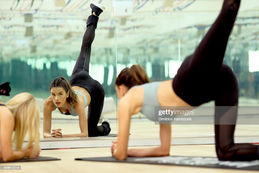 Train Like A Victoria's Secret Angel With Alessandra Ambrosio At Tracy Anderson : News Photo