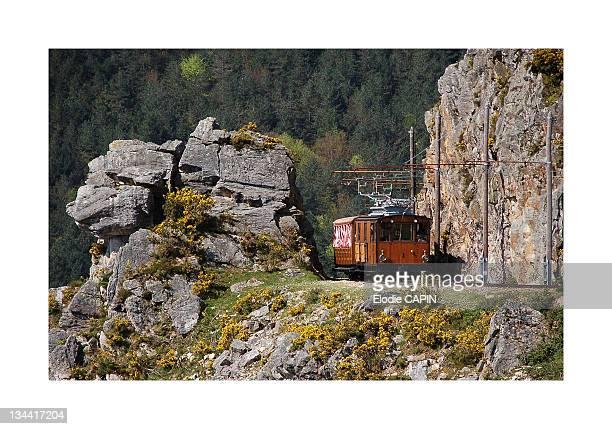 Train of Rhune