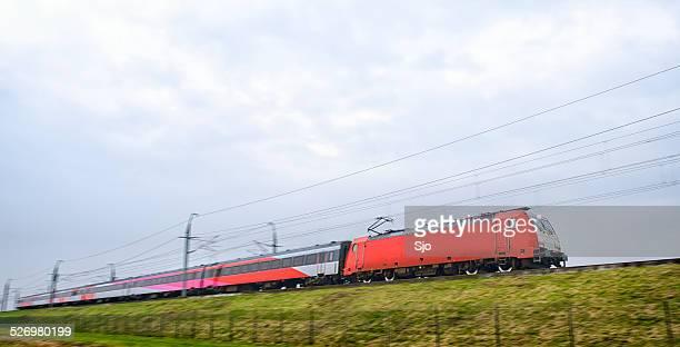 Trem de passar em alta velocidade