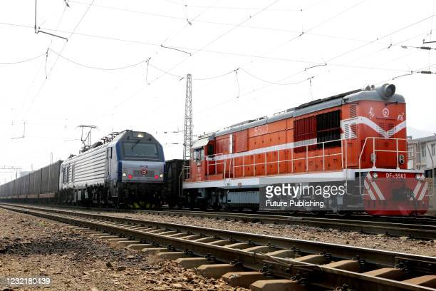 Train sets off for Central Asia at the railway marshalling station in Lianyungang, east China's Jiangsu Province, April 8, 2021. In the first quarter...