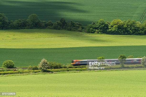 train speed - rushing the field stock pictures, royalty-free photos & images