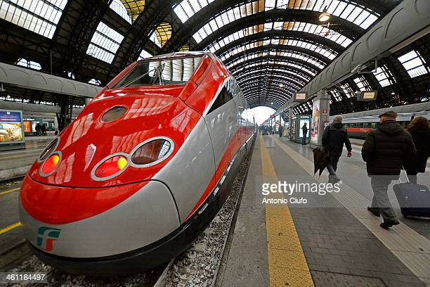 CONTENT] A train Trenitalia Frecciarossa in Milan Central Station 2013 for Trenitalia closes with over 42 million passengers while only in the period...