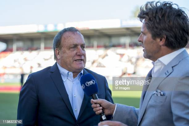 trainer/ coach Dick Advocaat of FC Utrecht toine van peperstraten of FOX Sports during the Dutch Eredivisie match between FC Emmen and FC Utrecht at...