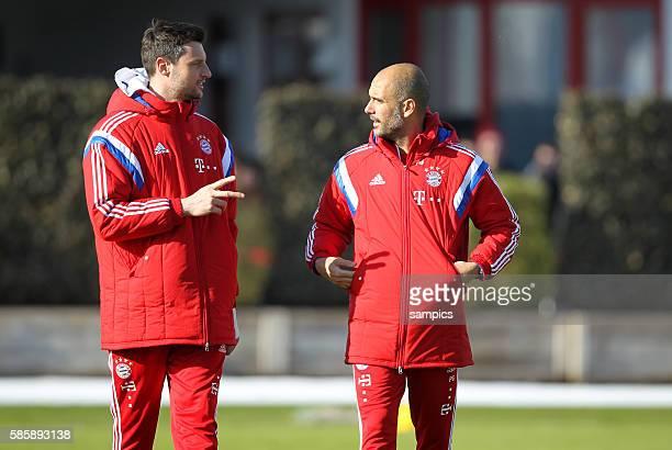 Trainer Coach Pep Josep Guardiola FC Bayern München Munich Mannschaftsarzt Kilian sohn von Dr Hans Wilhelm Müller Wohlfahrt FC Bayern München...