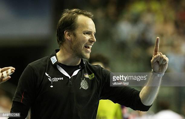 Trainer Dagur Sigurdsson, Einzelbild, Aktion, Gestik, Emotion , Fuechse Füchse Berlin - Reale Ademar Leon , Sport, Handball, Max-Schmeling-Halle...