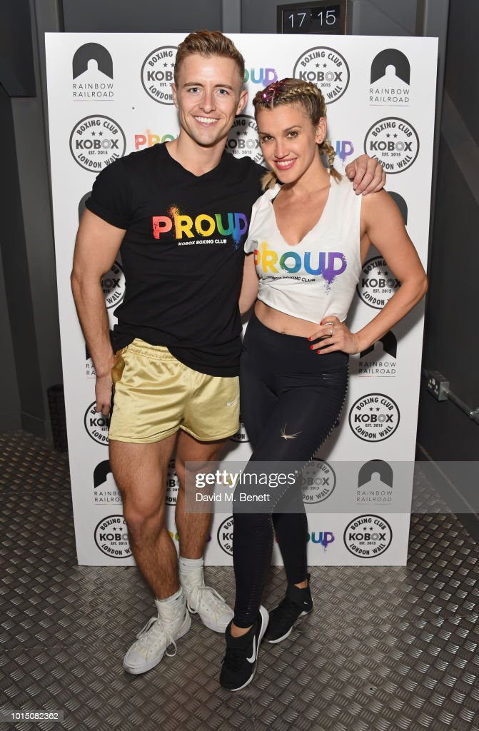 Ashley Roberts & Doug Fordyce Co-Host Charity KOBOX Class In Aid Of Rainbow Railroad : Photo d'actualité