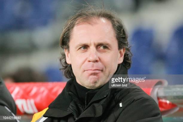 Trainer Hermann Andreev vom VFC Plauen Aus Regionalliga Nord 2008/09 in der AWD Arena Hannover 96 II gegen VFC Plauen 32