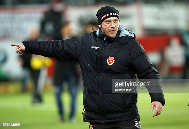 Trainer Joerg Jörg Boehme Böhme, Einzelbild, Aktion, Gestik , FC Energie Cottbus - FC Kaiserslautern FCK, zweite Bundesliga, Sport, Fußball Fussball,...