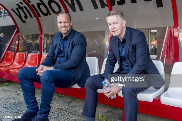 trainer/coach Dick Lukkien of FC Emmen President Ronald Lubbers of FC Emmen during the Dutch Eredivisie match between FC Emmen and FC Utrecht at De...